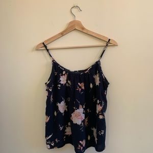 🌿Abercrombie & Fitch Navy Floral Cropped Tank Top